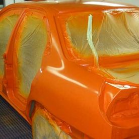 A car that has been re-sprayed orange